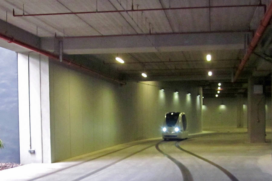 PRT vehicle in Masdar City